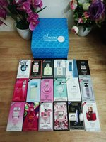 Used Mix men/women smart perfume 18pcs in Dubai, UAE