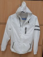 Used Unisex jacket M size ! in Dubai, UAE
