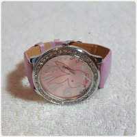 Pink fabulous watch for lady new.