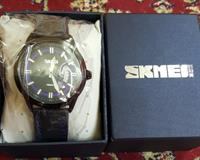 Used SKMEI BRAND NEW ARRIVAL MEN QUARTZ WATCH BLUE AND BLACK LEATHER BELT....😊😊😊 in Dubai, UAE