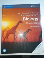 Used IGCSE BIOLOGY COURSEBOOK with  CD in Dubai, UAE