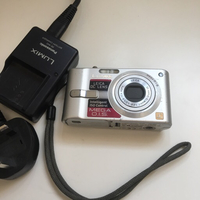 Panasonic LUMIX digital camera *pls read