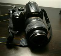 Used Nikon (D5thousand) with Lens (18-55mm) and Original Nikon Bag in Dubai, UAE