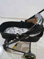Used stroller in Dubai, UAE