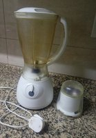 Good condition blender and grinder