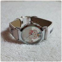 Used New HELLO KITTY watch.. in Dubai, UAE