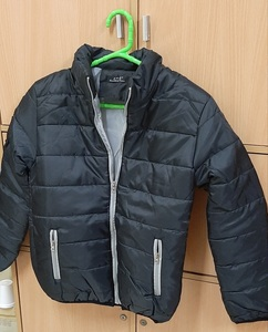 Used Puffy Jacket M size ! in Dubai, UAE