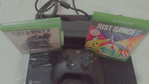 Used Xbox one with kinect sensor and 2 games in Dubai, UAE