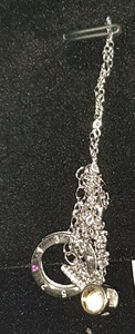 Used Sparkling Necklace in Dubai, UAE