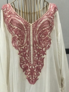 Used White and pink jalabeya cotton new  in Dubai, UAE