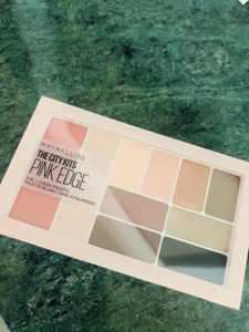 Used Maybelline eye & cheeks palette  in Dubai, UAE