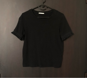 Used Zara Black Half Sleeve T-Shirt in Dubai, UAE