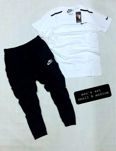 Used Shirt/Trouser white/Black Large 1 set in Dubai, UAE
