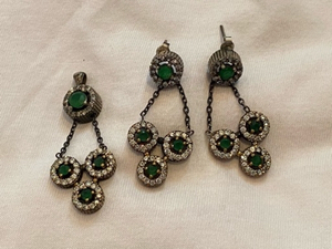 Used 925 silver emerald earrings pendant  in Dubai, UAE