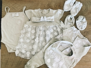 Used Set for baby girl 0-3 months  in Dubai, UAE