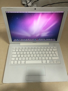Used MacBook late 2006 in Dubai, UAE