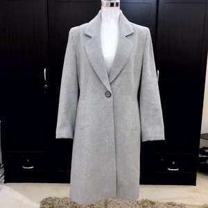 Used London-based jacket, Clements Ribeiro in Dubai, UAE