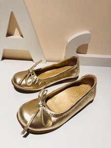 Used Girls shoes EU27 gold metallic nickie in Dubai, UAE