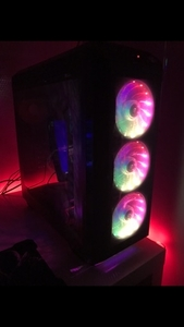 Used Gaming Pc With Monitor (OFFER) in Dubai, UAE