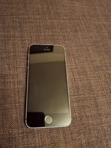 Used IPHONE 5S ORIGINAL NOT REFURBISHED  in Dubai, UAE