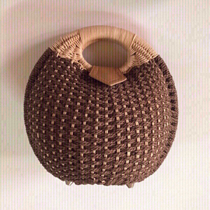 Used Rattan handbag 👜 (new) in Dubai, UAE