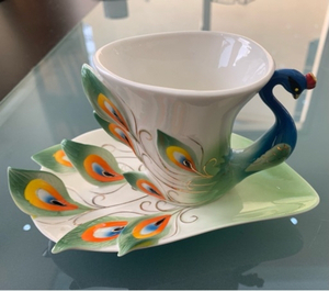 Used porcelain set of 5 pieces  in Dubai, UAE