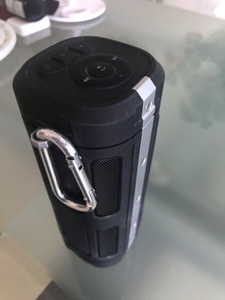 Used Nushh portable Bluetooth speaker black  in Dubai, UAE