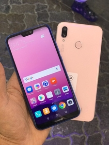 Used Huawei p20 Lite (used like new) in Dubai, UAE