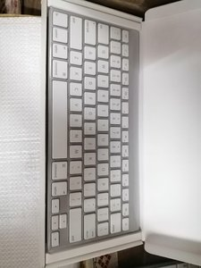 Used Apple magic keyboard english in Dubai, UAE
