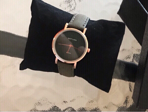 Used Light watch olives New high quality  in Dubai, UAE