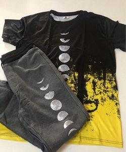 Used Moon prints casual suit size large  in Dubai, UAE