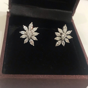 Used Silver Earrings  in Dubai, UAE