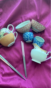 Used Set of chopsticks cups and tea pot  in Dubai, UAE