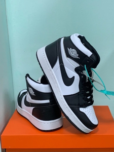 Used Nike Jordan high cut 42 (sizes 40-44) in Dubai, UAE