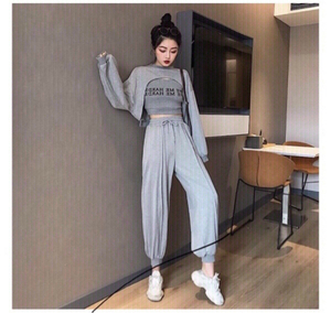 Used Pants &top set  in Dubai, UAE