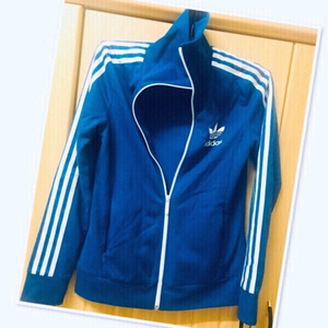 Used Adidas Jacket size :36 💙 in Dubai, UAE