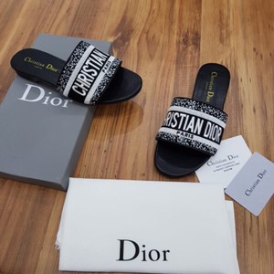 Used Christian dior sandal AAA in Dubai, UAE