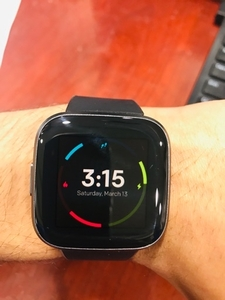 Used Fitbit versa 2 in Dubai, UAE