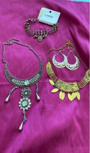 Used Jewellery set of 4 items in Dubai, UAE