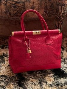 Used Genuine leather Italy made bag new in Dubai, UAE