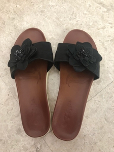 Used Ladies leather slippers. Size 38 in Dubai, UAE
