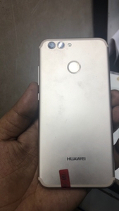 Used Huwei nova2 64gb ram4 in Dubai, UAE