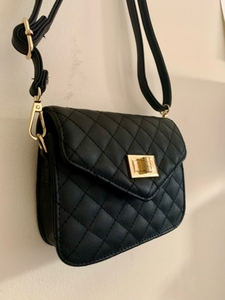 Used Cross body bag quilted black in Dubai, UAE