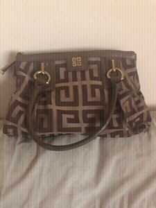 Used Givenchy preloved bag Authentic  in Dubai, UAE