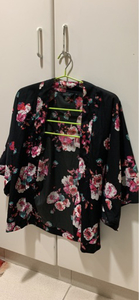 Used Shirt cardigan from new look size 6  in Dubai, UAE