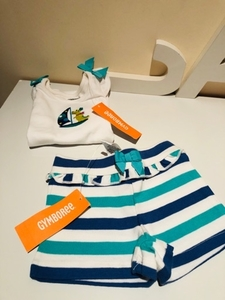 Used Baby girl set 2 pcs size 12-18 month in Dubai, UAE