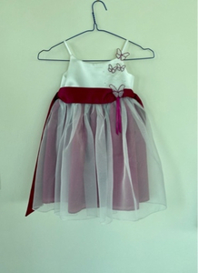 Used Girl dress 2 years 92cm UK BRAND in Dubai, UAE
