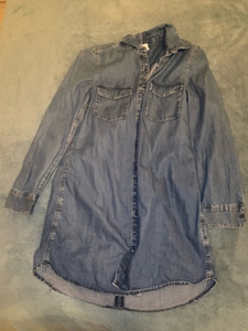 Used H&M jeans shirt size 34 in Dubai, UAE