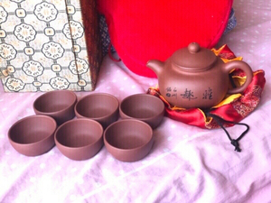 Used New 8pc Chinese ceramic clay tea pot set in Dubai, UAE