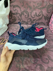 Used New Sporty shoes in Dubai, UAE